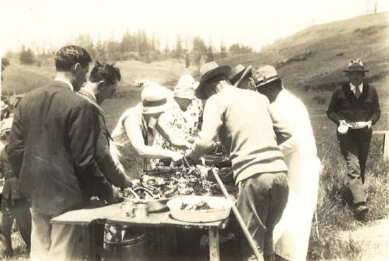 woolgrowers1929carvinglamb